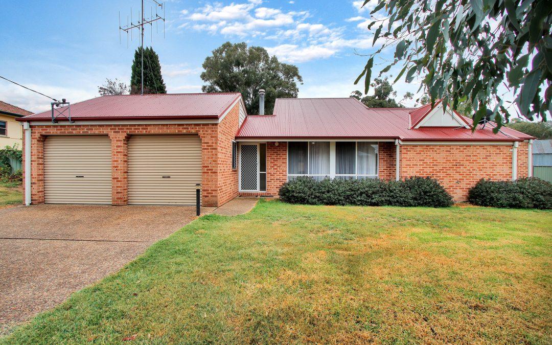 7 Hume Street, Gunning  NSW  2581